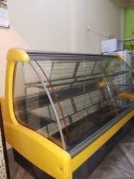 Vendo vitrine nova de tortas refrigeradas