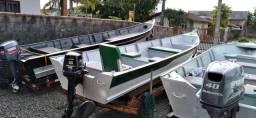 Motor e barco