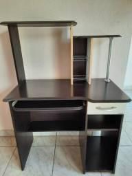 Vende-se mesa para computador/escrivaninha R$: 300,00