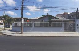 Casa de esquina no bairro Jardim Iririú