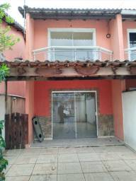 Casa  duplex em Itaguaí