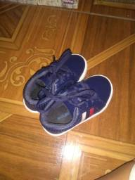 Sapato de bebê masculino
