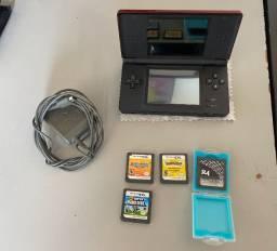 Nintendo DS lite + 3 jogos=R$ 450
