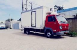 Alugo caminhão baú frio