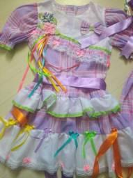 Vestido caipira Tam 4