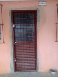 Porta janelas barculas e grades todas com vidros