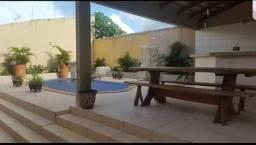 Casa com piscina e hidro