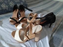 Tres pares de sandálias de tamanho 36, por R$50