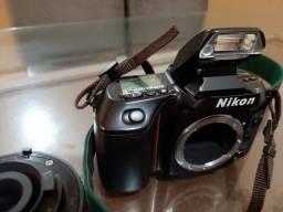 Nikon N70
