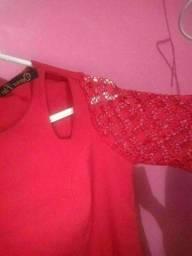 Vestido vermelho com renda grippir