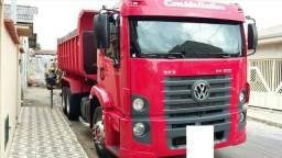 Caminhão Volkswagen caçamba