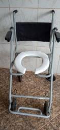 Vendo Cadeira de banho usada em Brasilia DF