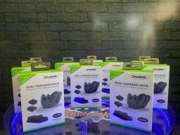 Base com duas Baterias recarregáveis para Xbox One
