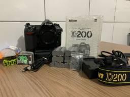 Camera nikon D200 seminova