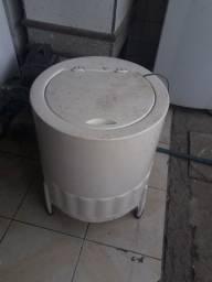Lavadora de roupas em fibra Mueller 10 kg
