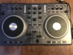 Controladora numark Mixtrack