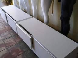 Arara cabideiro com gaveteiro