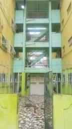 Alugo ótimo apartamento em Maranguape 0