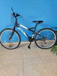 """Vendo bicicleta CALOI, 21v aro 26 quadro 15"""". Novinha, montei só para bater fotos."""