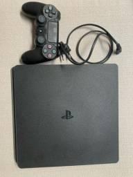 Vendo PlayStation4 Slim