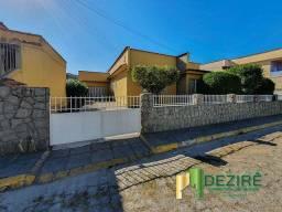 Título do anúncio: Casa com 4 dormitórios à venda, 225 m² por R$ 800.000,00 - Vila Santa Cecília - Resende/RJ