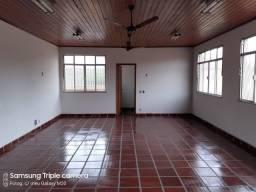 Alugo uma casa em condomínio fechado em Marechal Hermes