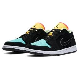 Tênis Nike Air Jordan 1 Low Black Aurora Green Laser Orange Tam 44