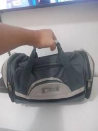 Bolsa / mala para viagem e academia - 30 reais