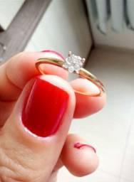 Anel novo com diamantes, em ouro 18 k