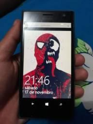 Vendo celular um por 200 Windows phone, Nokia Lumia 730