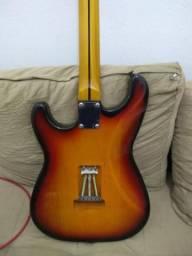 Guitarra Strato Montada
