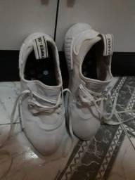 Tênis Adidas Boost 34/35