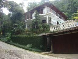 Casa 04 quartos Quitandinha Petrópolis/RJ