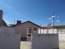 Alugo Casa B. Castelo Branco