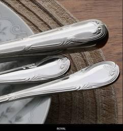 Faqueiro Wolff Royal em Prata com Estojo de Madeira - 130 peças