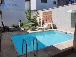 Casa com 3 dormitórios à venda por R$ 580.000,00 - Itaipu - Niterói/RJ