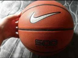 Bola basquete Nike. Retirada HOJE