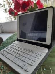 Ipad mini 3 + capa com teclado + carregador