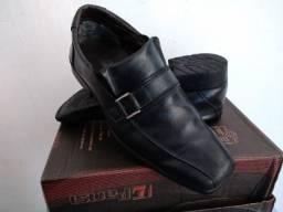 Sapato Social Masculino Número 34 *produto usado, mas bem conservado