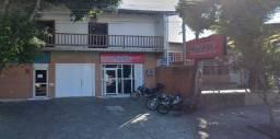 Casa residencial e comercial + 2 lojas
