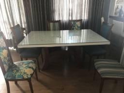 Vendo Conjunto de mesa e cadeiras