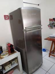 Refrigerador Brastemp 319L danificado + Transformador
