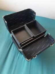 Caixa/ maleta de maquiagem preta