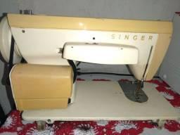 Maquina de costura Singer 247 Zigue Zague