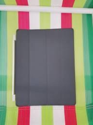 Capa para iPad em Couro Smart Cover Cinza - Apple