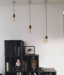 Trio de luminárias