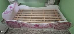 Vende-se uma cama p/ Criança
