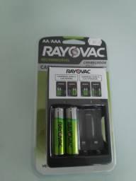 Rayovac Carregador de pilhas AA e AAA LACRADO