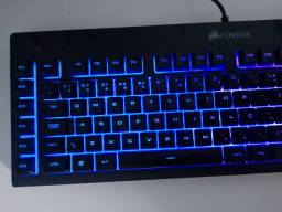 Teclado Gamer Corsair K55 RGB