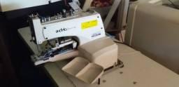 Máquina de costura R$ 2.000